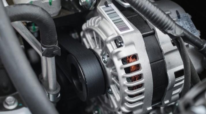 Kenali Pentingnya Fungsi Alternator Pada Mobil
