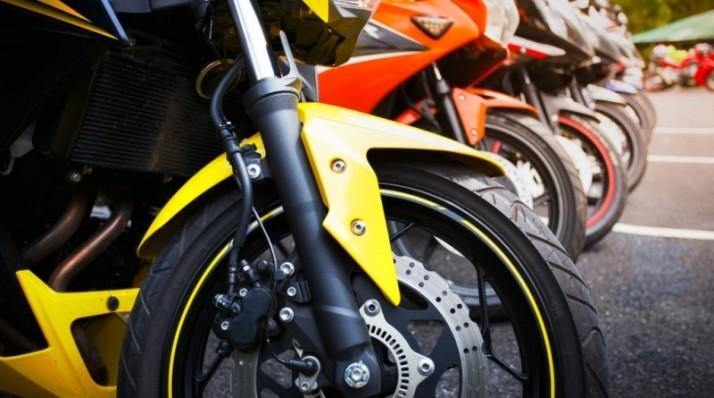 Apa Sih Efek Penggunaan Roda Lebih Besar/Kecil Pada Sepeda Motor?